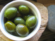 Lye-Curing Green Olives